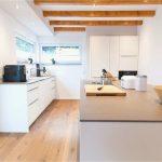Holzregal Küche Küche Arbeitsplatte Küche Eiche Genial Weiße Küche Modern In Szene Gesetzt Im Landhausstil Mit