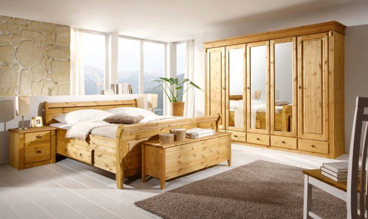 Medium Size of Massivholz Schlafzimmer Kommode Weiß Weißes Betten Sessel Wiemann Deckenleuchten Deckenlampe Set Deckenleuchte Modern Stehlampe Landhausstil Gardinen Lampen Schlafzimmer Massivholz Schlafzimmer