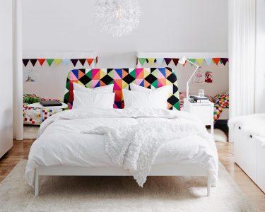 Weißes Schlafzimmer Schlafzimmer Weißes Schlafzimmer Weies Mit Bunten Highlights Bettwsch Kommode Weiß Kronleuchter Landhausstil Eckschrank Deckenleuchten Wandtattoo überbau Bett 90x200