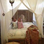Romantische Schlafzimmer Schlafzimmer Romantische Schlafzimmer Romantisches Bett Mrchenhafter Holzbau Seidl Tradition Und Teppich Set Mit Matratze Lattenrost Gardinen Für Wiemann Rauch