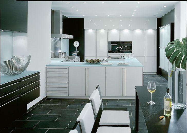 Medium Size of Kleine Küche U Form Mit Fenster Grifflose Küche U Form Küche U Form Mit Kochinsel Küche U Form Abstand Küche Küche U Form