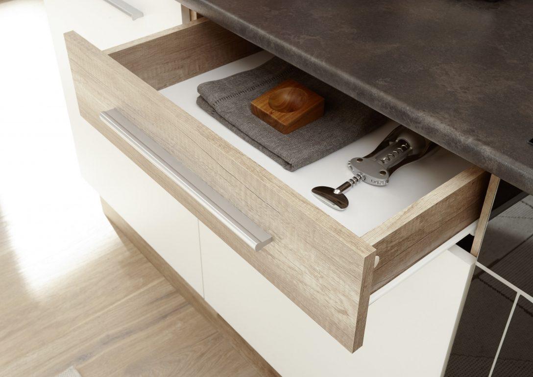 Large Size of Kleine Komplettküche Komplettküche Kaufen Teppich Küchekomplettküche Mit Elektrogeräten Miele Komplettküche Küche Komplettküche