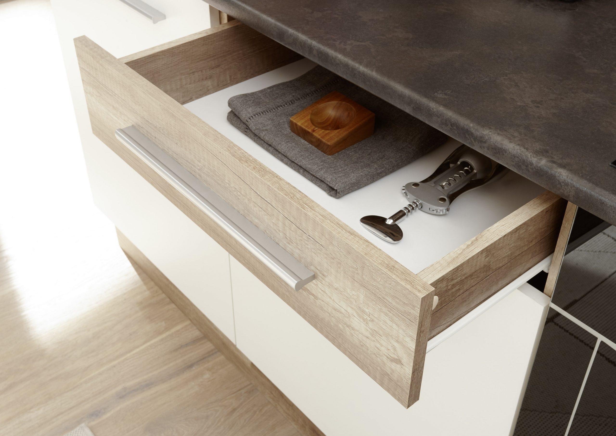 Full Size of Kleine Komplettküche Komplettküche Kaufen Teppich Küchekomplettküche Mit Elektrogeräten Miele Komplettküche Küche Komplettküche