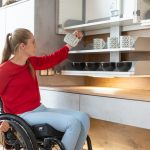 Behindertengerechte Küche Schmales Regal Dusche Holz Modern Bauen Landhausküche Weiß Beistellregal Unterschränke Sockelblende Planen Kostenlos Gebrauchte Küche Behindertengerechte Küche