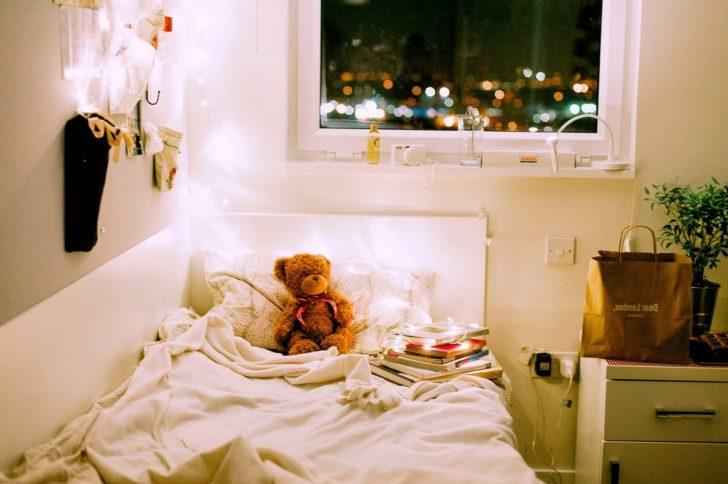 Medium Size of Kostenlose Bild Haus Schlafzimmer Komplett Mit Lattenrost Und Matratze Lampen Küche überbau Led Deckenleuchte Lampe Badezimmer Sessel Betten Wandlampe Bad Schlafzimmer Lampe Schlafzimmer