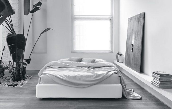 Medium Size of Betten Outlet Sommier Bett Online Whos Perfect Dänisches Bettenlager Badezimmer überlänge Poco De Wohnwert Ikea 160x200 Somnus Nolte Kaufen Ottoversand Bett Betten Outlet