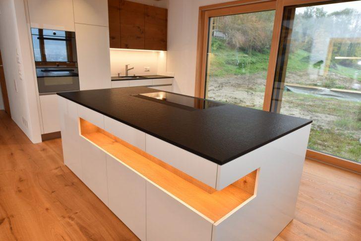 Medium Size of Granitplatten Küche Einbauküche Günstig Deko Für Rustikal Rückwand Glas Hochglanz Pantryküche Mit Kühlschrank Barhocker Elektrogeräten Buche Weiße Küche Küche Rustikal