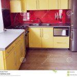 Laminat Küche Küche Laminat Arbeitsplatte Küche Küche Laminat Oder Fliesen Laminat In Der Küche Verlegen Laminat Für Die Küche Geeignet