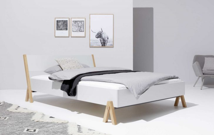 Medium Size of Bett Mit Matratze Designwebstore Boq Weiss 140 200 Cm Ohne Lattenrost Betten 180x200 Weiß Und Beleuchtung Sofa Verstellbarer Sitztiefe Schubladen Rauch 2 Bett Bett Mit Matratze
