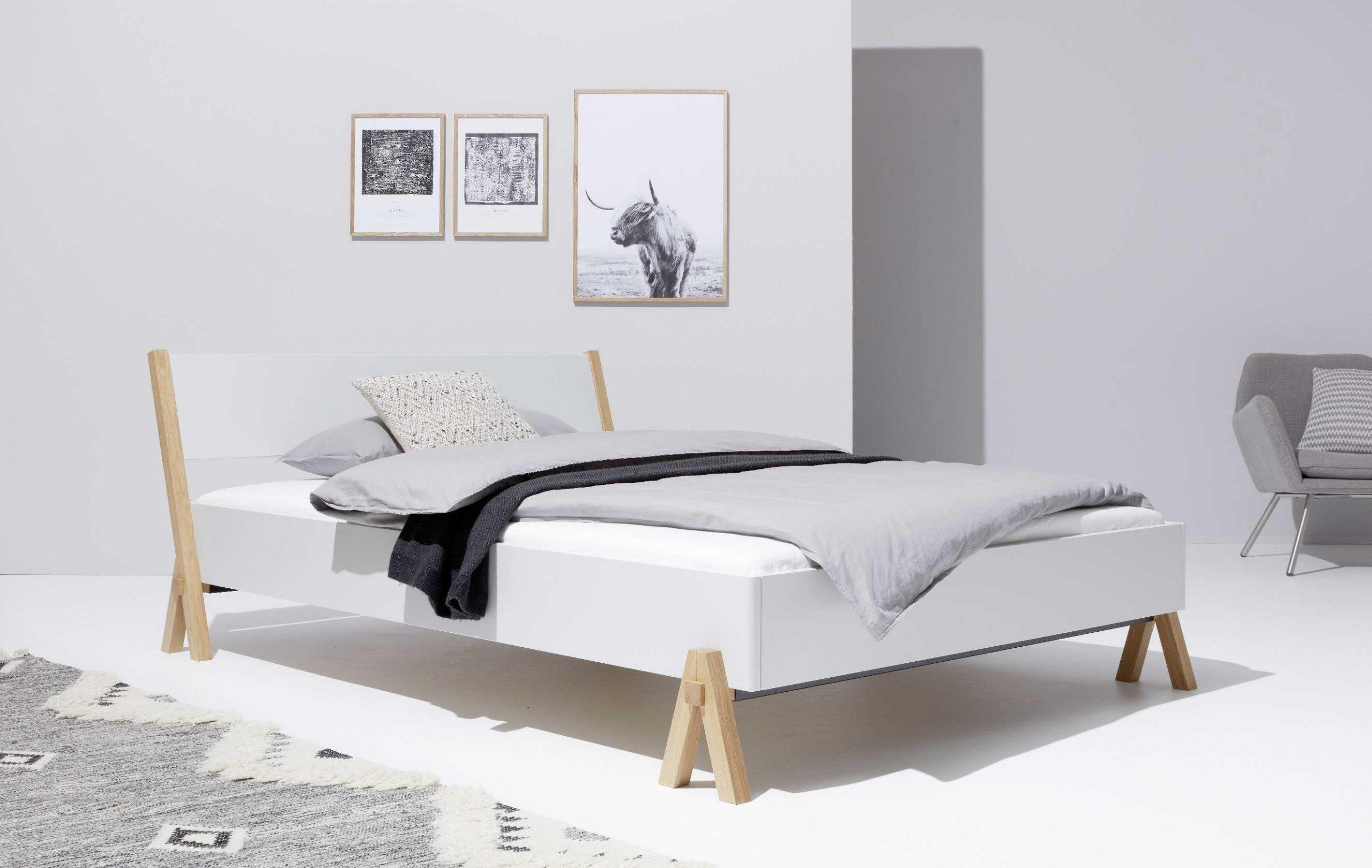 Full Size of Bett Mit Matratze Designwebstore Boq Weiss 140 200 Cm Ohne Lattenrost Betten 180x200 Weiß Und Beleuchtung Sofa Verstellbarer Sitztiefe Schubladen Rauch 2 Bett Bett Mit Matratze