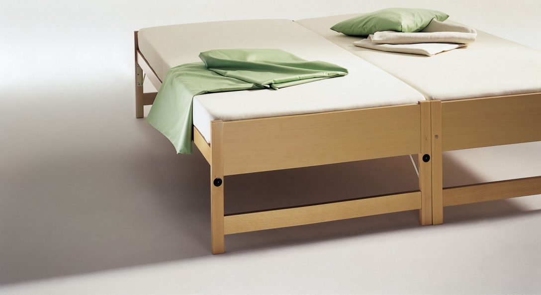 Large Size of Klappbar Bett Ikea Ausklappbares Sofa Englisch Ausklappbar Stauraum Wandbefestigung 180x200 Zum Doppelbett Zwei Betten Gleicher Gre Unser Ausziehbett On Top Bett Bett Ausklappbar