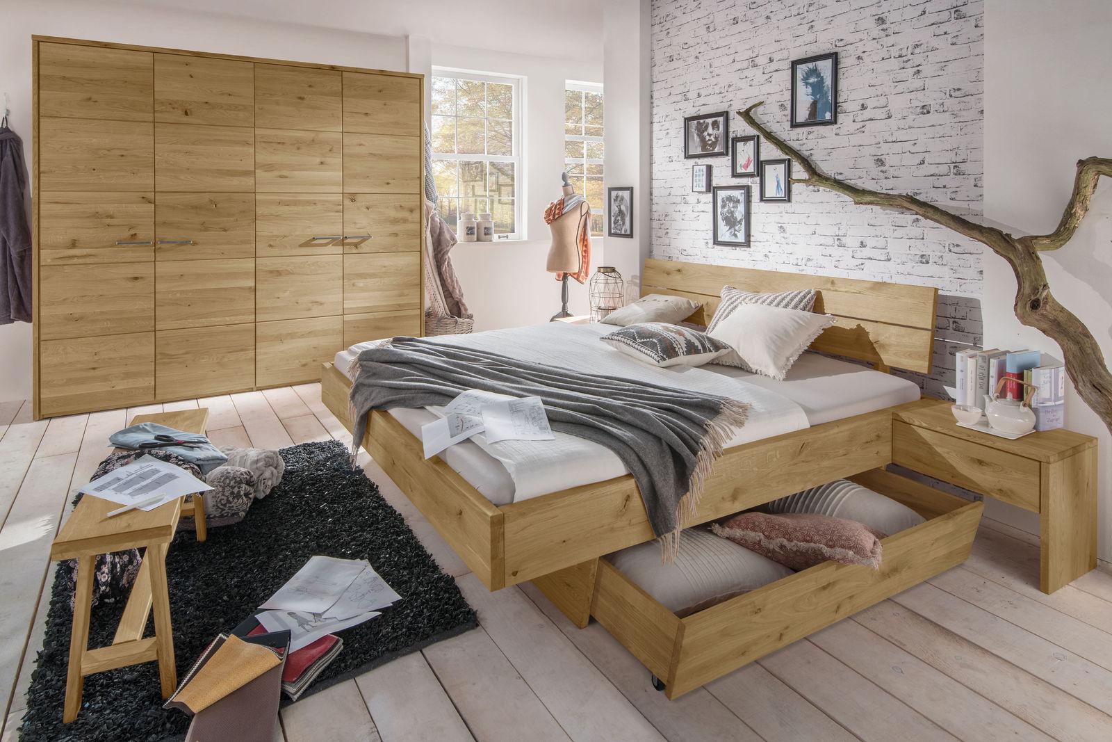 Full Size of Luxus Schlafzimmer Komplett Im Set Kaufen Bei Bettende Kommode Günstige Mit überbau Deckenleuchte Teppich Komplette Schrank Deckenlampe Wandlampe Klimagerät Schlafzimmer Luxus Schlafzimmer