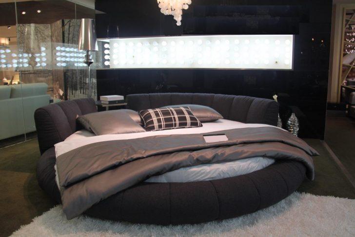 Medium Size of Rundes Bett Design Mit Rundem Betten Test Massiv 180x200 160x200 Bei Ikea Modern Weiß Badewanne Bette 120 Massivholz Matratze Und Lattenrost 140x200 2x2m Bett Rundes Bett