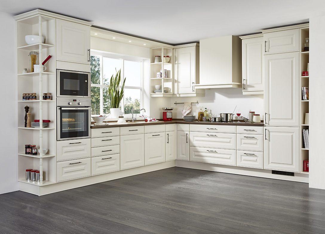 Large Size of Landhausküche L Form Landhauskche In Cremewei Mit Holzarbeitsplatte Weisse Moderne Weiß Grau Gebraucht Küche Landhausküche