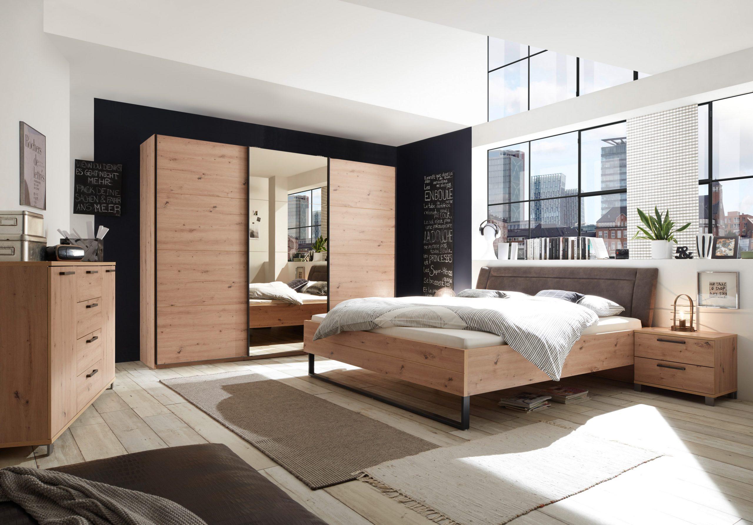 Full Size of Schlafzimmer Set Kleiderschrank Bett Kommode Eiche Spiegel Bronze Stuhl Für Kommoden Günstige Komplett Dusche Klimagerät Deckenleuchte Modern Weißes Lampe Schlafzimmer Schlafzimmer Set