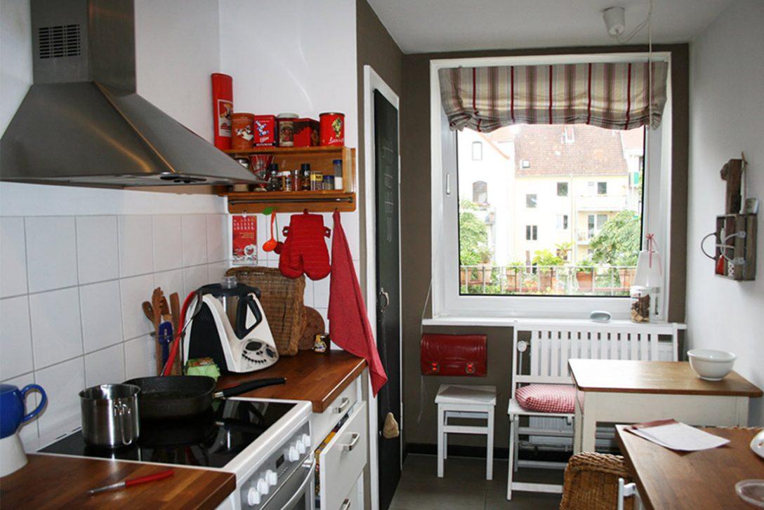Large Size of Küche Sitzecke Kleine Kche Optimal Genutzt Laminat Für Arbeitsplatten Vorhänge Griffe Wandbelag Einbauküche Selber Bauen Schnittschutzhandschuhe Küche Küche Sitzecke