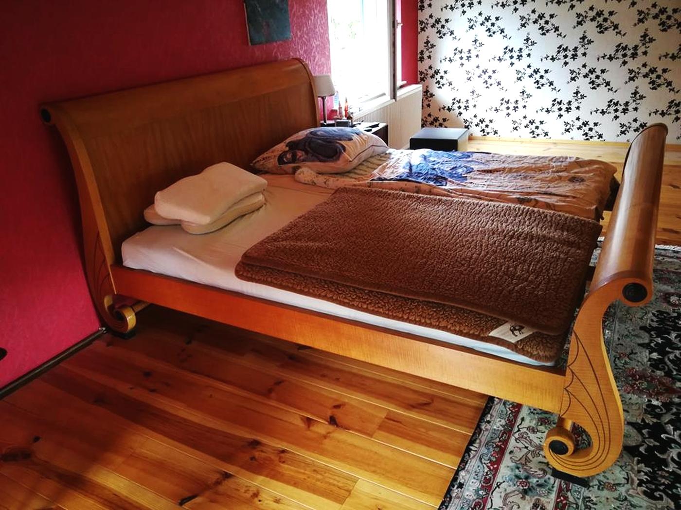 Full Size of Amerikanisches Bett King Size Ihre Verkaufsagentur 2012 140x220 180x200 Mit Bettkasten 200x200 Günstige Betten Günstig Kaufen Balken Jensen Minion Stauraum Bett Amerikanisches Bett