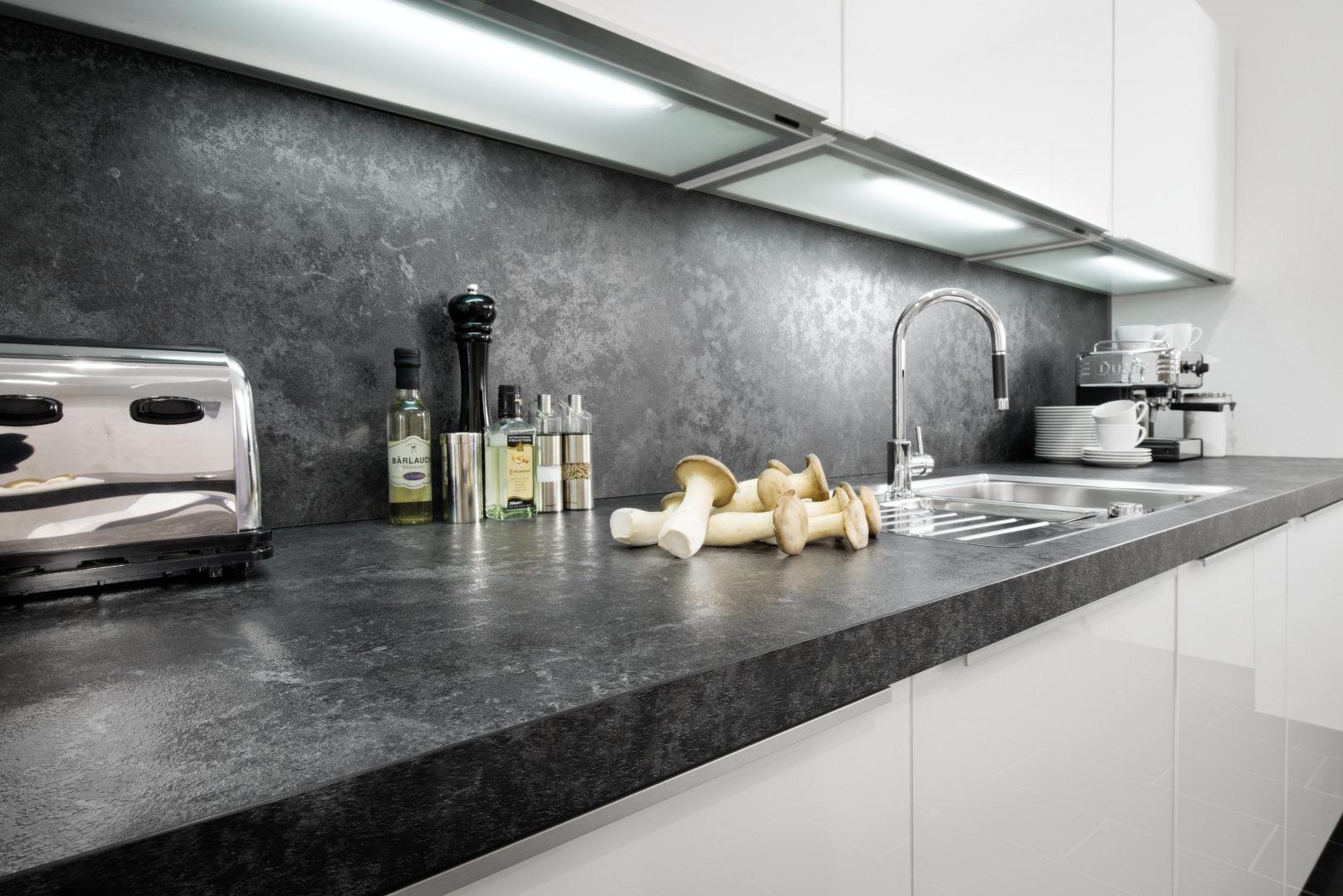 Full Size of Detailaufnahme Arbeitsplatte Java Schiefer / Lichtunterböden Küche Nischenrückwand Küche