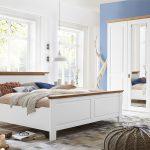 Schlafzimmer Landhausstil Schlafzimmer Schlafzimmer Landhausstil Nordic Dreams Massivholzmbel Von Gomab Deko Deckenlampe Kommode Schränke Schranksysteme Wandtattoo Esstisch Vorhänge Günstig