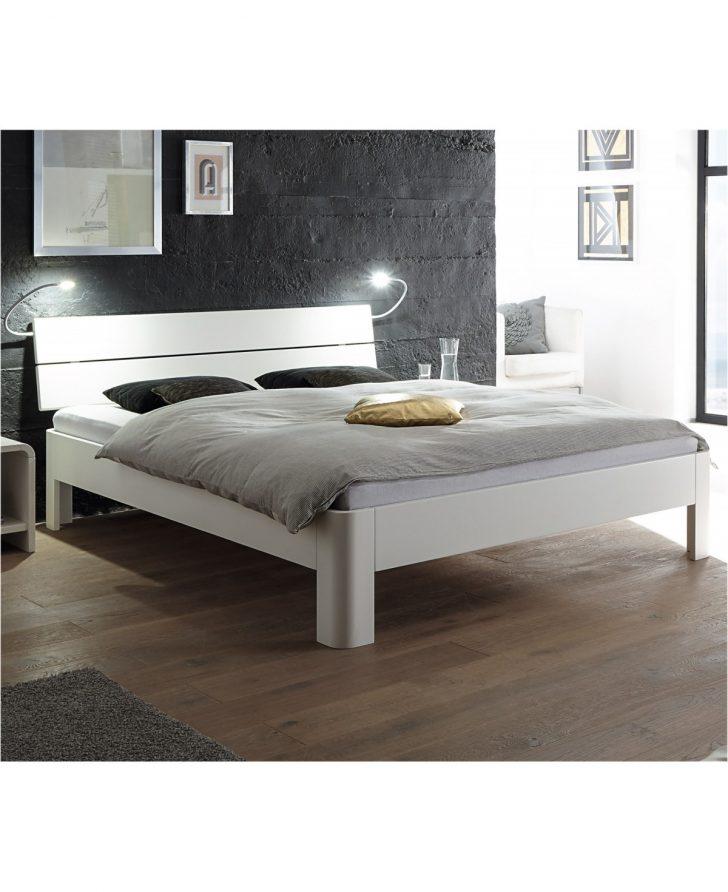 Medium Size of Weiße Betten Japanische Köln Günstig Kaufen 180x200 Treca Günstige 140x200 Billerbeck Schöne Dico Weißes Bett Mit Aufbewahrung Innocent Massiv Bett Weiße Betten