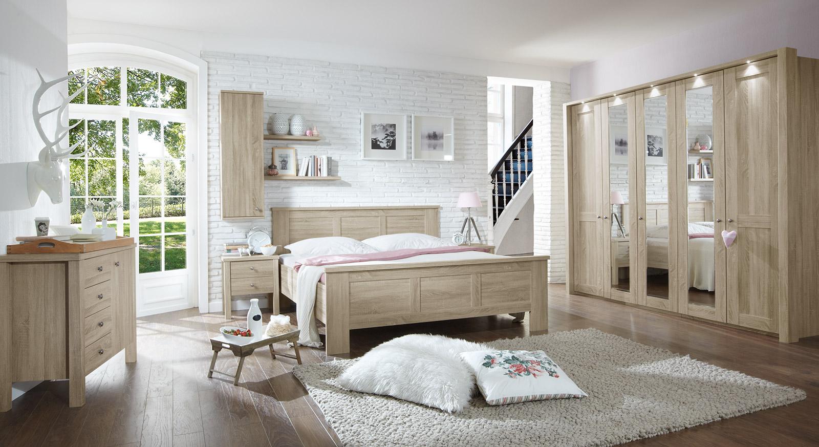 Full Size of Schlafzimmer Komplett Weiß Wandbilder Kronleuchter Massivholz Klimagerät Für Günstig Lampe Deckenleuchten Teppich Landhausstil Küche Set Mit Matratze Und Schlafzimmer Schlafzimmer Landhausstil