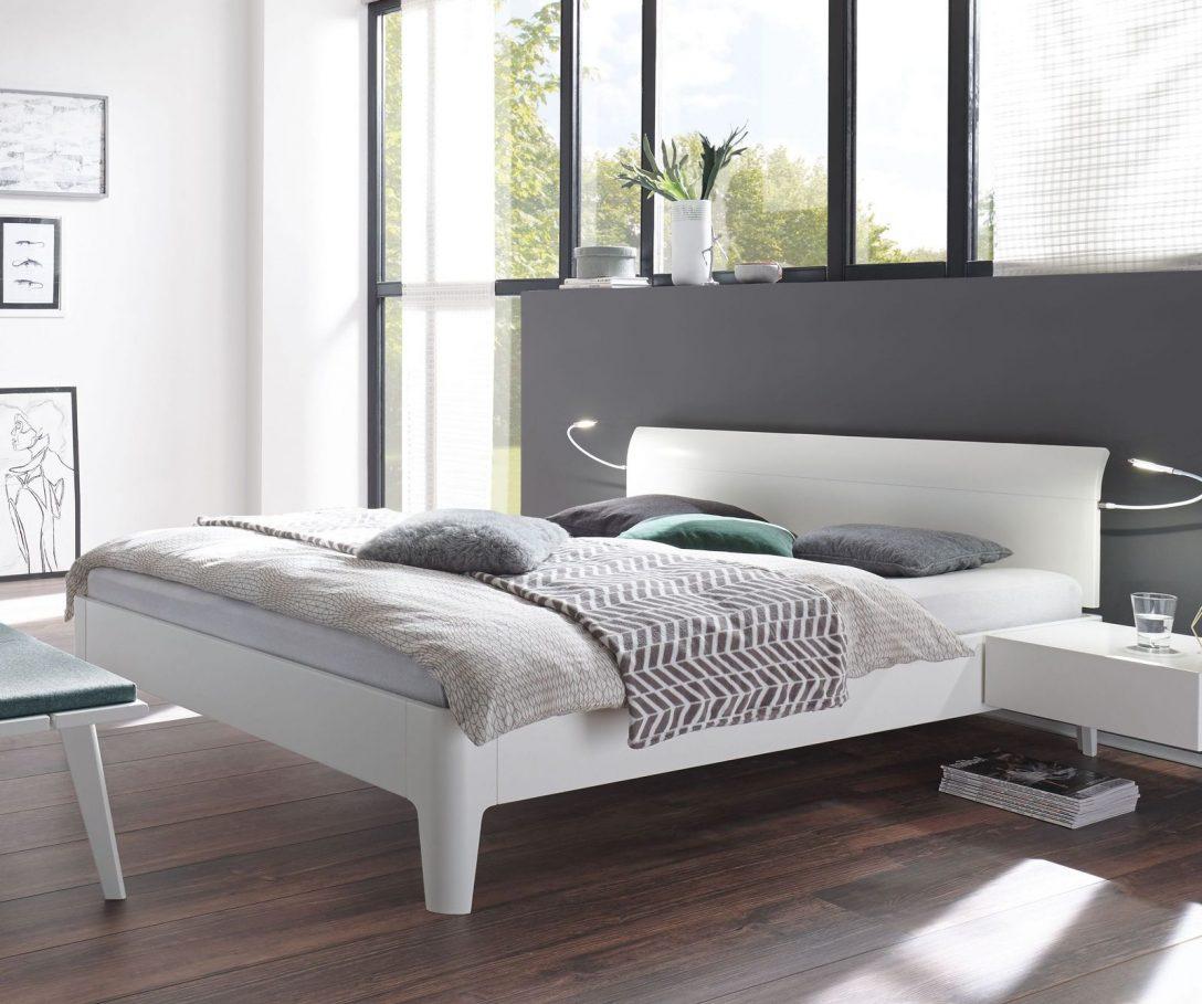 Large Size of Weißes Bett Betten Mit Bettkasten überlänge 200x200 Tagesdecke Joop Stauraum 160x200 Rauch 140x200 80x200 Massiv 180x200 Schubladen 90x200 Weiß Roba Bett Weißes Bett