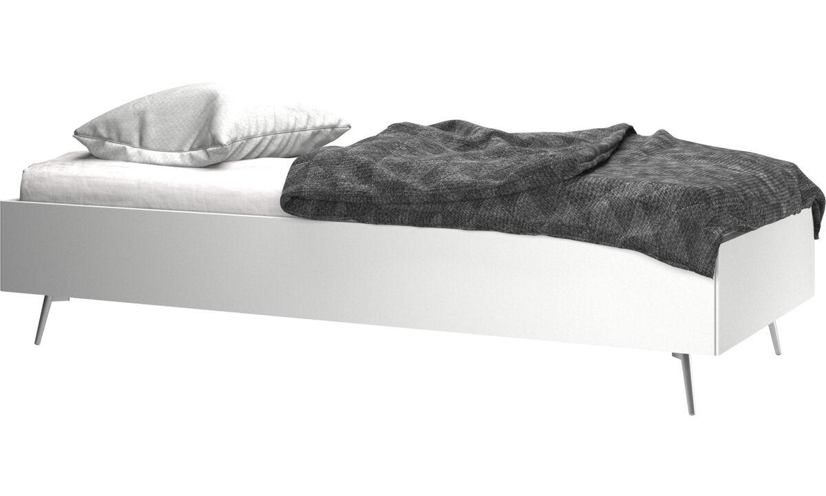 Full Size of Weiße Betten Weie Boconcept Massivholz Weiß Münster Mannheim 140x200 Meise Für übergewichtige Ohne Kopfteil Boxspring Weißes Bett Massiv Bonprix Bett Weiße Betten