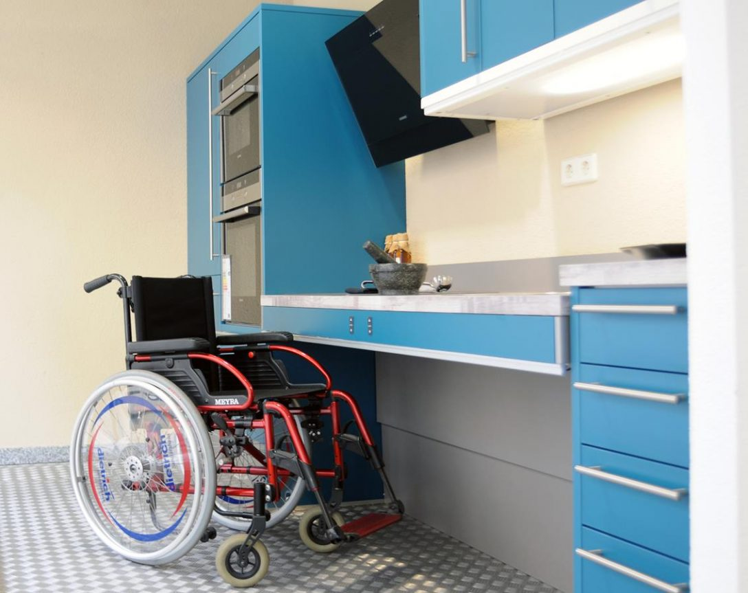 Large Size of Behindertengerechte Küche Kchen Kchenstudio Micheel Modulküche Ikea Vorratsdosen Werkbank Pantryküche Sitzecke Küchen Regal Arbeitsplatte Wandverkleidung L Küche Behindertengerechte Küche