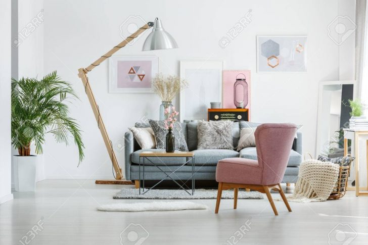 Medium Size of Artistic Paintings In Living Room Wohnzimmer Wohnzimmer Sessel