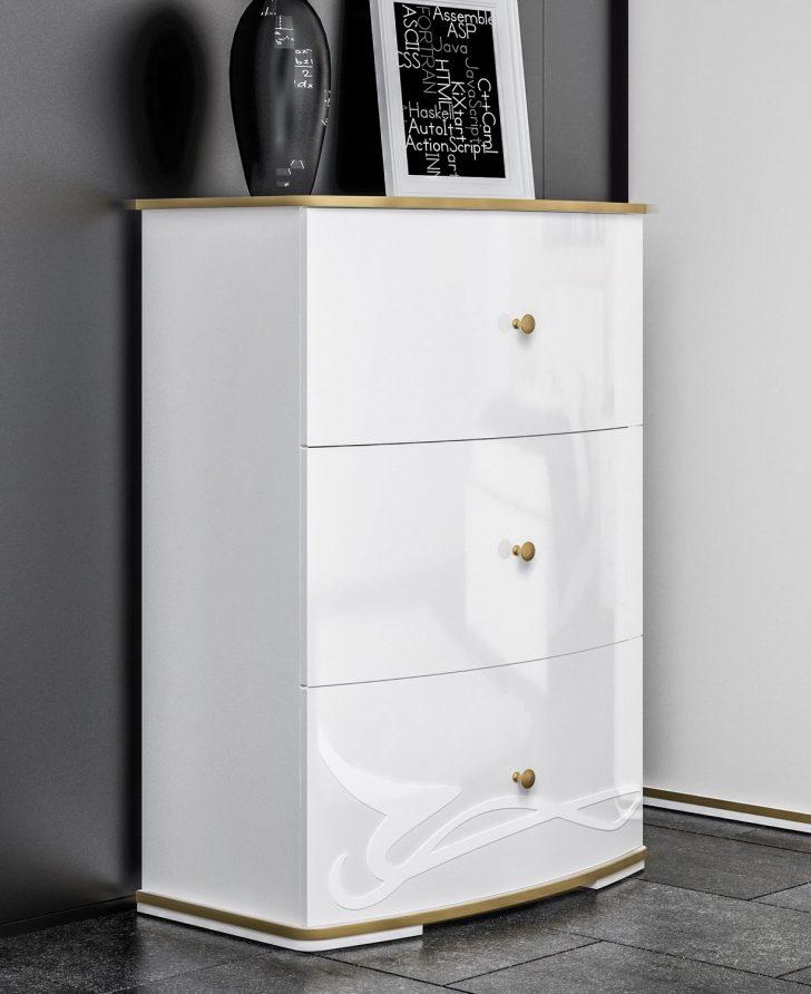 Medium Size of Schlafzimmer Set Weiß Wandlampe Wandtattoo Deckenleuchte Betten Stuhl Für Wandbilder Vorhänge Led Mit überbau Kronleuchter Günstige Komplett Teppich Schlafzimmer Schlafzimmer Kommode