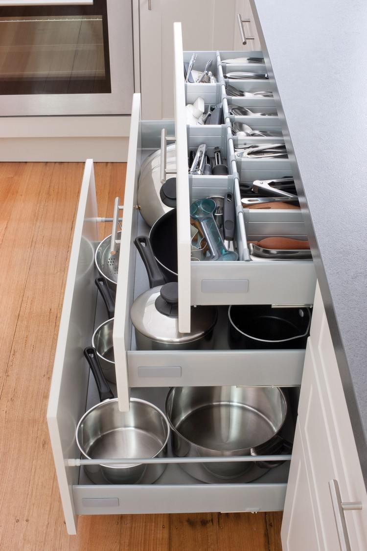 Full Size of Kche Organisieren Und Richtig Einrumen Hilfreiche Tipps Tricks Duschen Kaufen Miele Küche Büroküche Big Sofa Laminat Für Poco Gebrauchte Günstig Küche Küche Kaufen Tipps