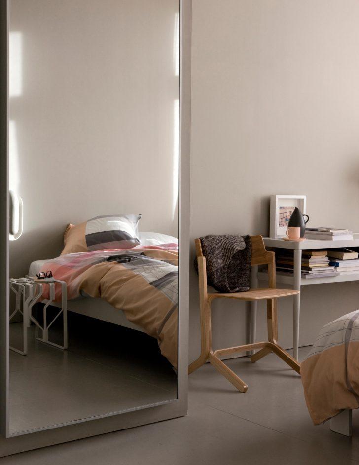 Medium Size of Schlafzimmer Stuhl Truhe Rauch Deckenleuchte Set Günstig Schranksysteme Landhausstil Teppich Stehlampe Regal Schlafzimmer Schlafzimmer Stuhl