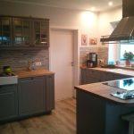 Billige Küche Regal Ikea Kche Wei Billig Kchenschrank Ideen Behindertengerechte Wasserhahn Für Auf Raten Landhausstil Planen Unterschrank Pendelleuchten Küche Billige Küche