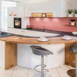 Küche Bauen Mit Tresen Mischbatterie Schwingtür Sitzecke Pendeltür Fenster Einbauen Einbauküche L Form Landküche Abfalleimer Klapptisch Waschbecken Küche Küche Bauen
