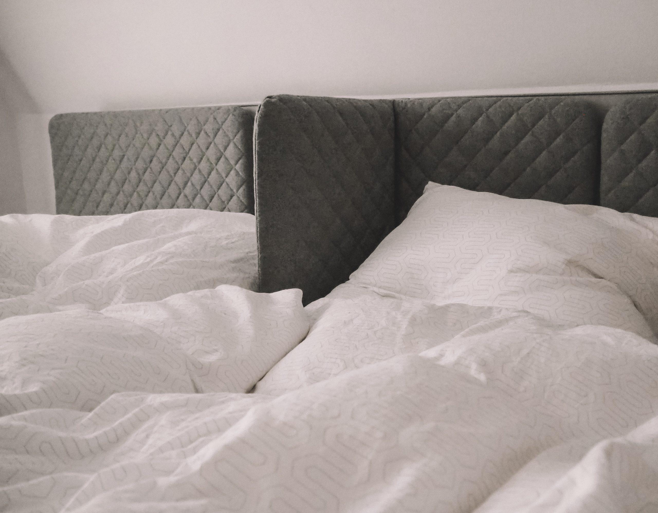 Full Size of Bett Ausklappbar Ausklappbares Selber Bauen Mit Stauraum 180x200 Klappbar Englisch Zum Ausklappen Wand Doppelbett Ikea Schrank Wandbefestigung Sofa Schlaf Gut Bett Bett Ausklappbar