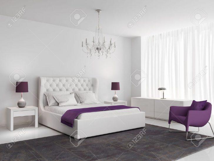 Medium Size of Weie Luxus Schlafzimmer Mit Lila Sessel Und Teppich Lizenzfreie Günstige Komplett Set Boxspringbett Stuhl Für Nolte Esstisch Schränke Regal Massivholz Lampe Schlafzimmer Schlafzimmer Teppich