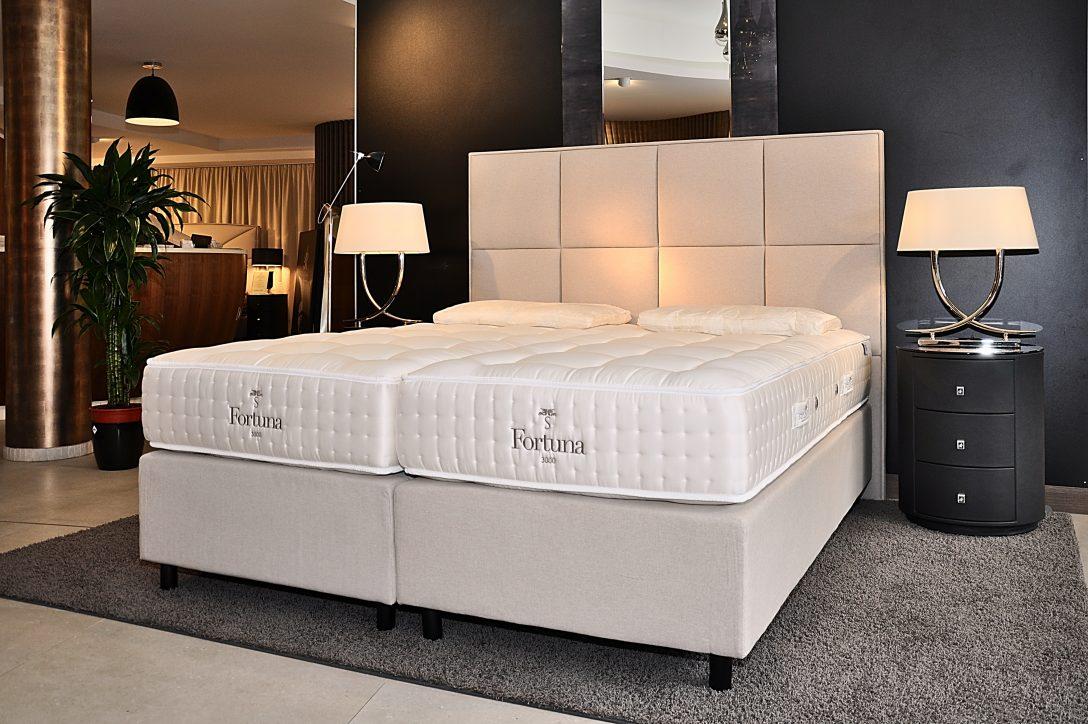 Large Size of Betten Kln 200x200 Düsseldorf Gebrauchte Französische Balinesische Bei Ikea Test Ruf Berlin Schlafzimmer Amazon 160x200 Billige 120x200 Massiv Breckle Jugend Bett Betten Köln