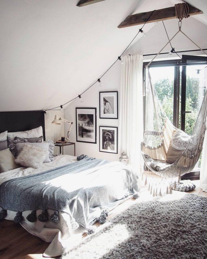 Medium Size of Teppich Schlafzimmer Ein Schner Und Kuscheliger Darf Auch Im Wohnzimmer Wandtattoos Massivholz Komplettangebote Landhausstil Romantische Luxus Weiss Küche Bad Schlafzimmer Teppich Schlafzimmer