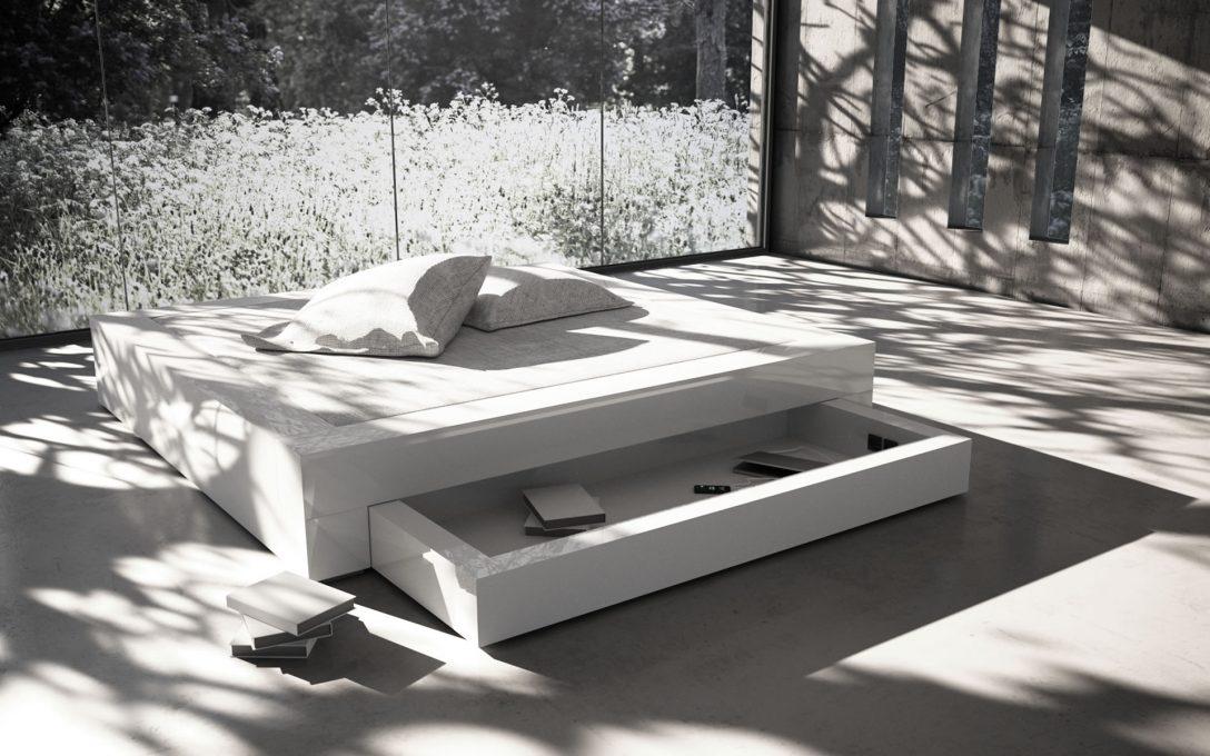 Large Size of Bett Modern Design Italienisches Puristisch Nussbaum 180x200 200x200 Weiß Dänisches Bettenlager Badezimmer Weisses Küche Industriedesign Keilkissen 140x200 Bett Bett Modern Design