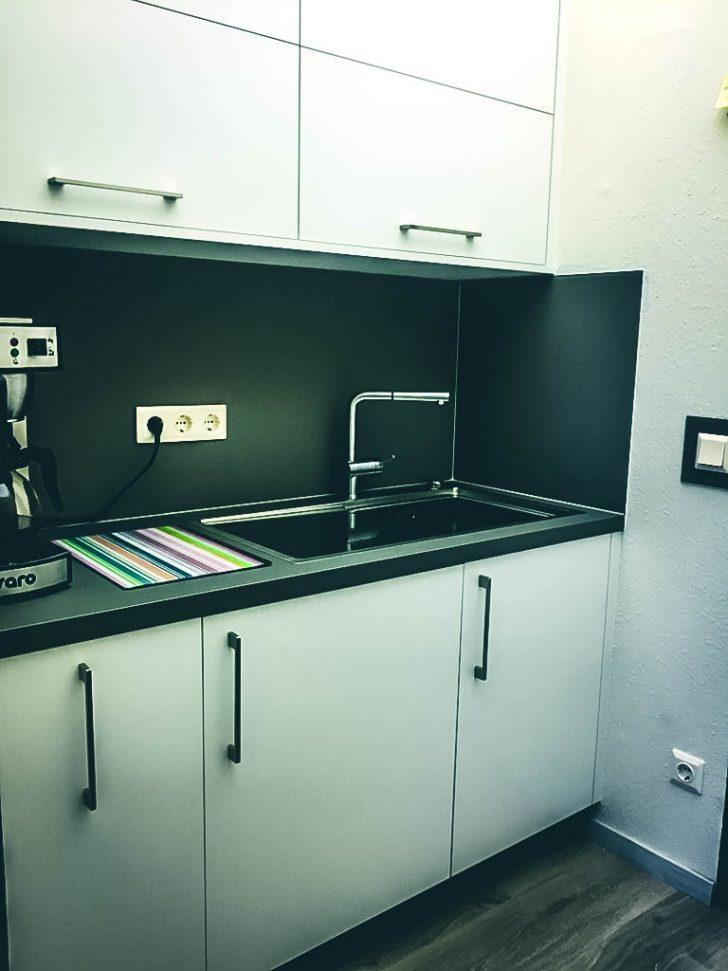Medium Size of Reinigungsplan Büro Küche Büro Küche Verschließbar Büro Küche Mit Rollo Büro Küche Weiß Küche Büroküche