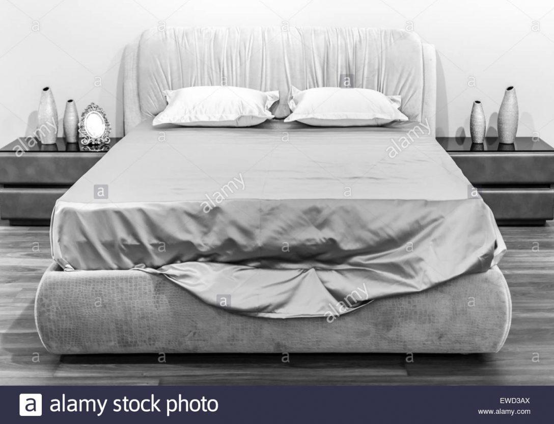 Large Size of Weiße Betten Mit Schubladen 200x200 Außergewöhnliche Breckle Bettkasten Jabo 120x200 Amazon 180x200 Team 7 Billige Japanische Schöne Kopfteile Für Weißes Bett Weiße Betten