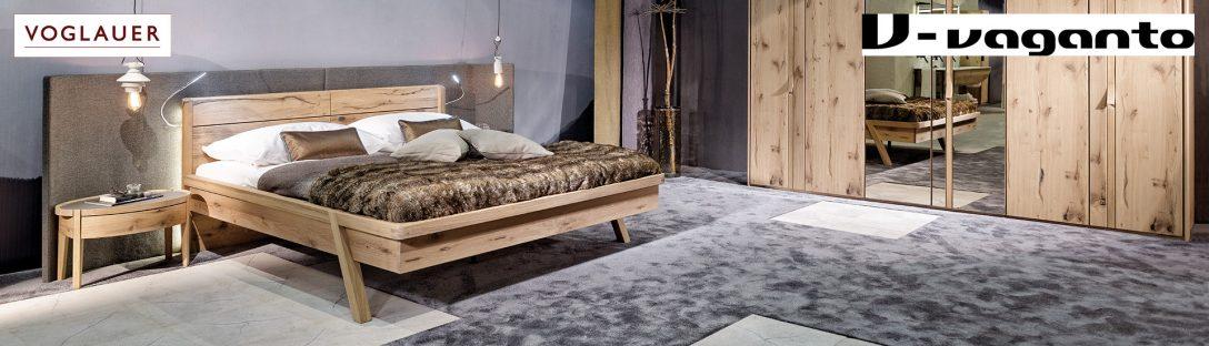 Large Size of Günstige Schlafzimmer Komplett Truhe Komplettangebote Wandleuchte Bett 160x200 Set Landhausstil 180x200 Mit Lattenrost Und Matratze Deckenleuchte Schimmel Im Schlafzimmer Günstige Schlafzimmer Komplett