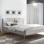 Bett Modern Design Italienisches Puristisch Polsterbett Mit Ausgestellten Holzbeinen Webstoffbezug Marla Betten Schubladen Flexa überlänge Erhöhtes Bett Bett Modern Design