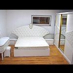 Schlafzimmer Komplett Mit Lattenrost Und Matratze Schlafzimmer Küche Sideboard Mit Arbeitsplatte Regal Schubladen Nilkreuzfahrt Und Baden Kleines Schlafzimmer Massivholz Betten Aufbewahrung Kochinsel Komplette Schrank