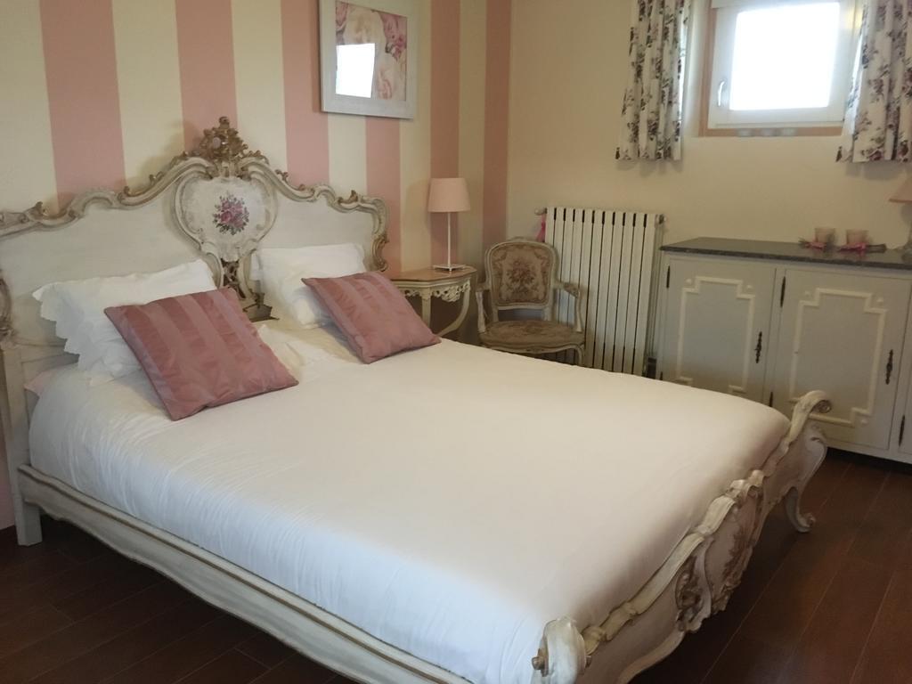 Full Size of Joop Betten Bed Breakfast Casa Italien Magnano Bookingcom Coole Jabo Ruf Preise Team 7 Breckle Trends 200x220 Bock 100x200 Weiße Rauch 140x200 Günstige Bett Joop Betten