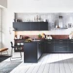 Schwarze Küche Küche Flair   Schwarz/Messing Optik / Ferro   Cortenstahl