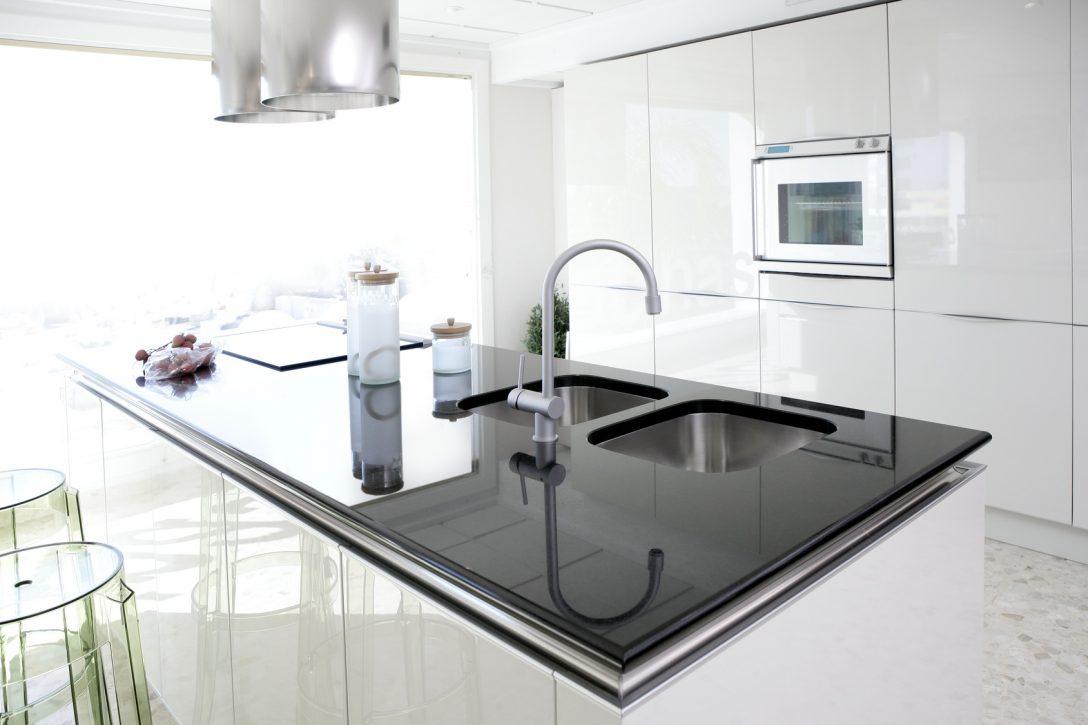 Large Size of Modern White Kitchen Clean Interior Design Küche Singelküche
