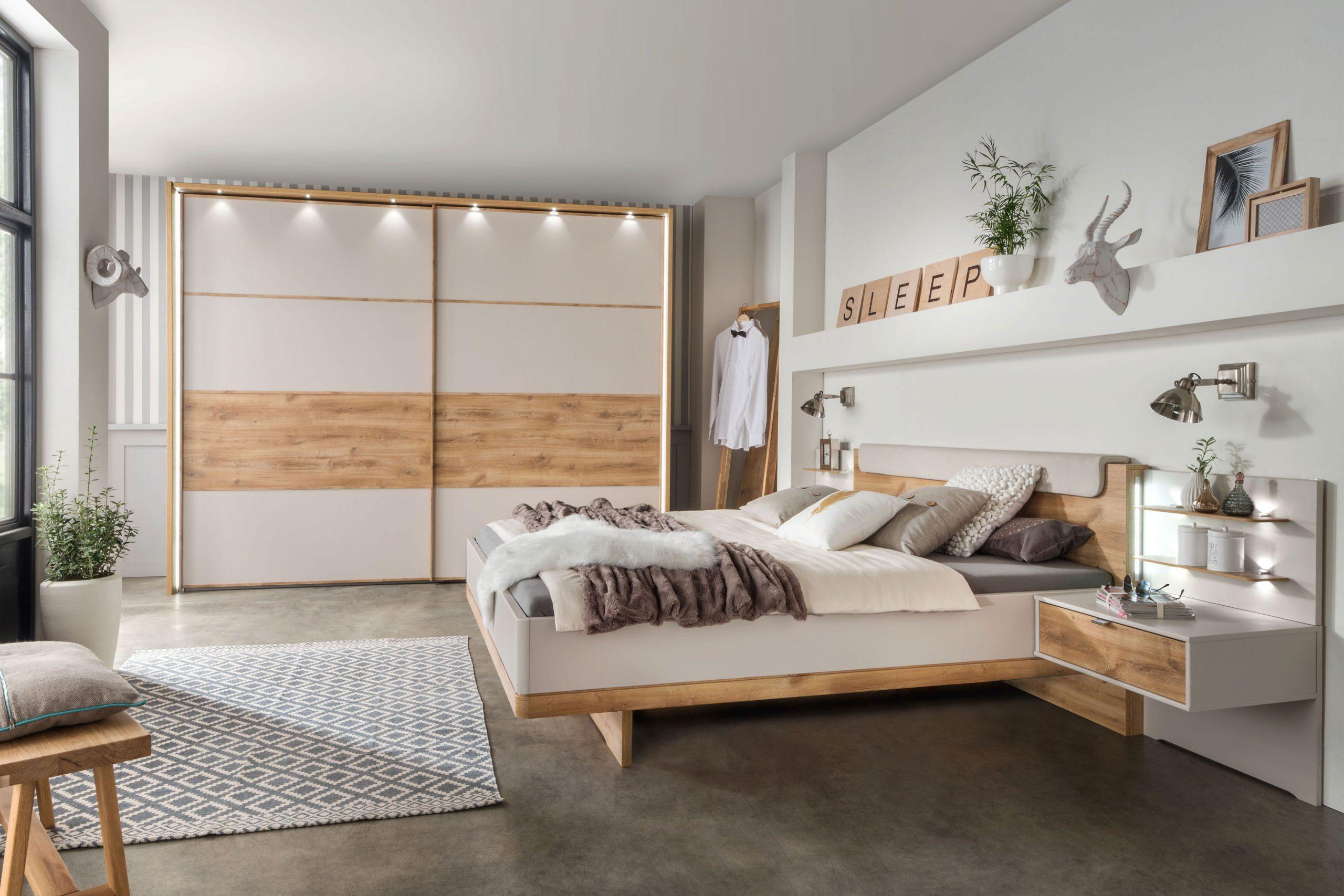 Full Size of Wiemann Schlafzimmer Sets Online Kaufen Komplett Massivholz Bett Mit Bettkasten Schimmel Im Sofa Verstellbarer Sitztiefe 90x200 Kronleuchter 160x200 Schlafzimmer Schlafzimmer Mit überbau