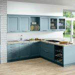 Landhausküche Küche Landhausküche Gemtliche Landhauskche In L Form Mit Natursteinarbeitsplatte Gebraucht Weisse Grau Weiß Moderne