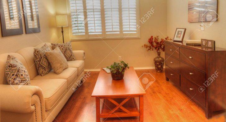Medium Size of Sofa Kleines Wohnzimmer Sofas Für Kleines Wohnzimmer Leder Sofa Kleines Wohnzimmer Couch Für Kleines Wohnzimmer Wohnzimmer Sofa Kleines Wohnzimmer
